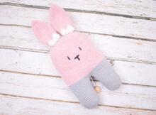 2 benet kanin med spilledåse