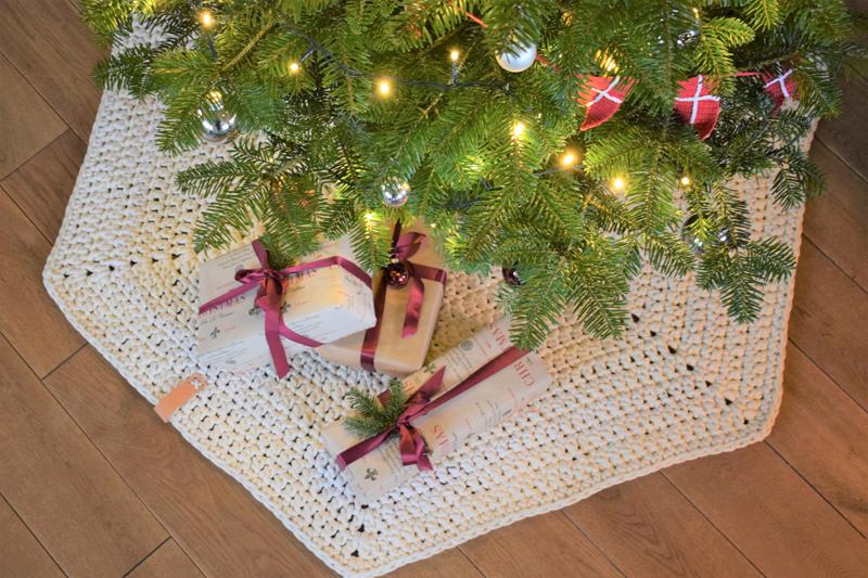 Juletræstæppe - Macaroni