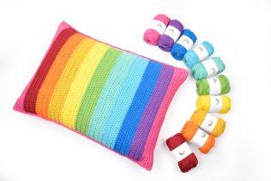 Rainbow Stripes Pude